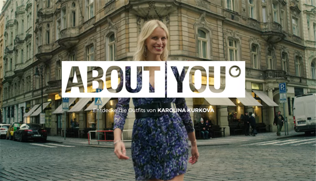 Karolina Kurkova ABOUT YOU